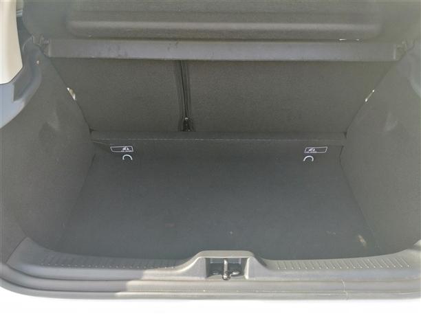 Renault Clio 1.2 16V Confort (75cv) (5p)
