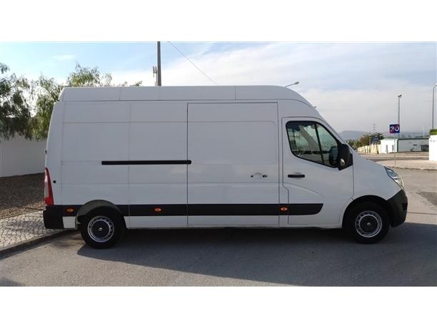 Renault Master 2.3 dCi 100.35 L3H3 (101cv) (5p)
