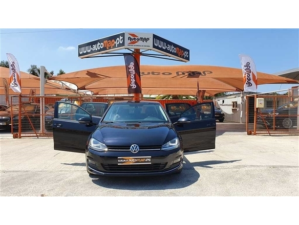 Volkswagen Golf 1.6 TDi Highline DSG (105cv) (5p)