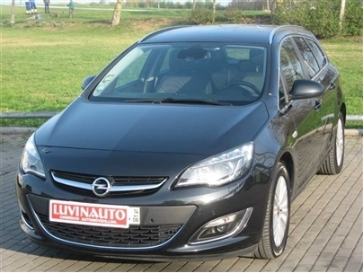 Opel Astra ST 1.6 CDTi Cosmo (GPS)