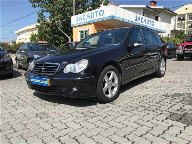 Mercedes-Benz Classe C 220 CDi Avantgarde (150cv) (5p)