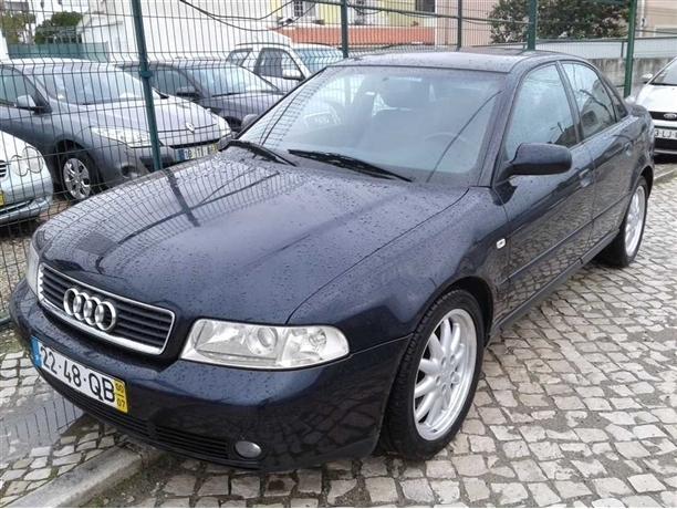 Audi A4 1.9 TDi Sport 17 (115cv) (4p)