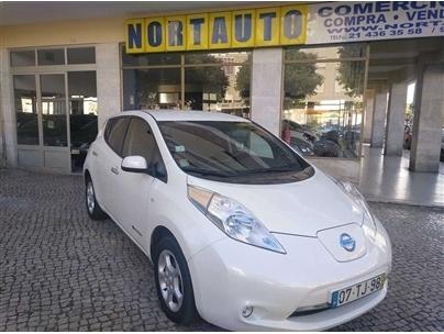 Nissan Leaf Leaf Acenta 30 kWh (109cv) (5p)