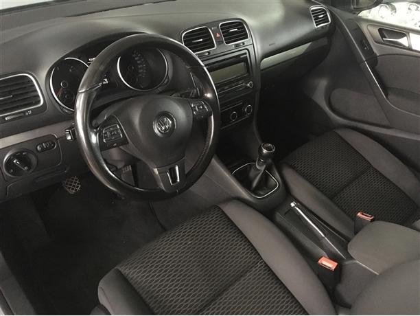 Volkswagen Golf 1.6 TDi Confortline (105cv) (5p)