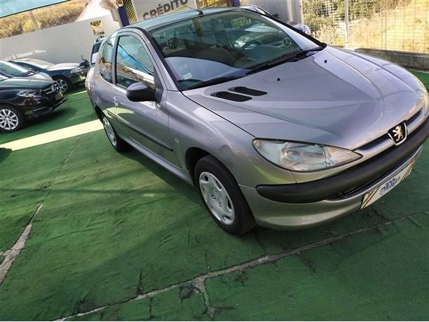 Peugeot 206 1.1 XR (60cv) (3p)