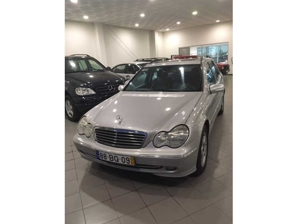 Mercedes-Benz Classe C C220 CDi (136cv) (5p) VENDIDO