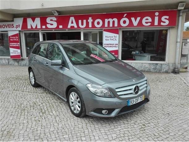 Mercedes-Benz Classe B 200 CDi BlueEfficiency Aut. 112g (136cv) (5p)