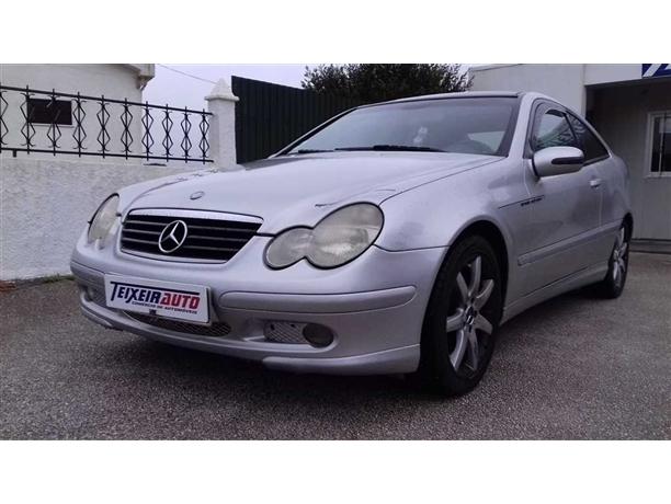 Mercedes-Benz Classe C 220 CDi Evolution (143cv) (3p)