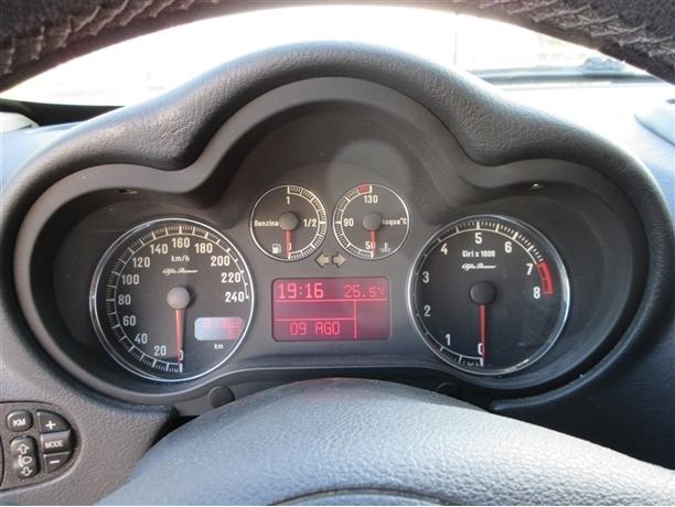 Alfa Romeo 147 1.6 TS Executive (120cv) (3p)