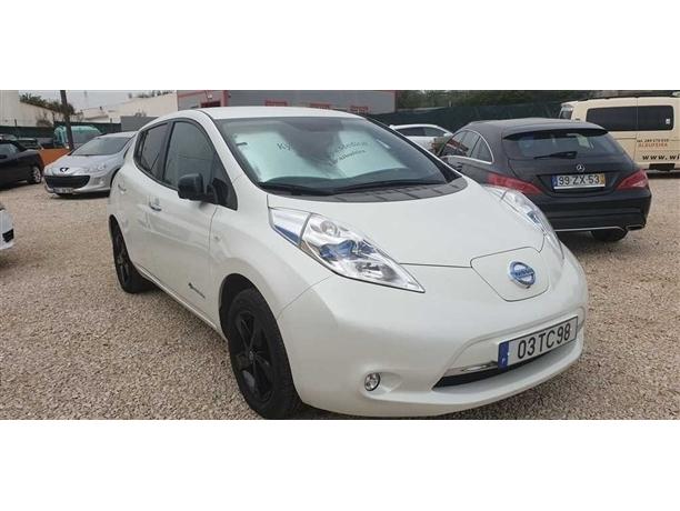 Nissan Leaf Leaf Tekna 30 kWh (109cv) (5p)
