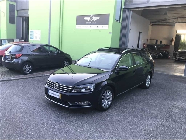 Volkswagen Passat V. 2.0 TDi Sportline DSG (140cv) (5p)
