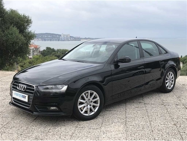 Audi A4 2.0 TDi (136cv) (4p)