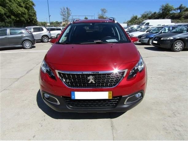 Peugeot 2008 1.2 Signature