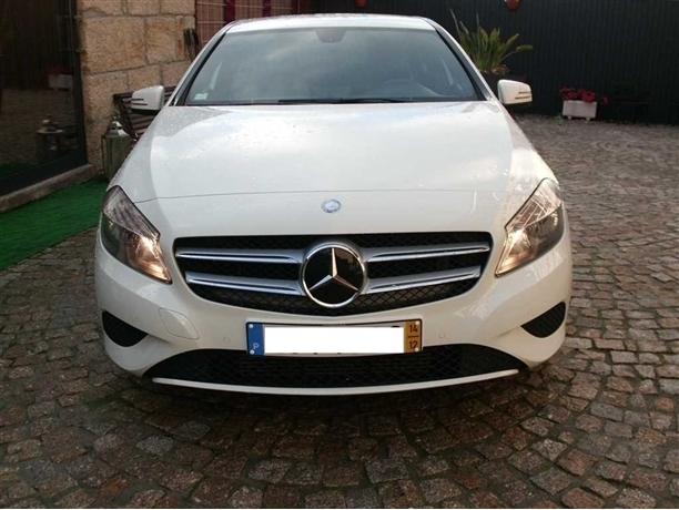 Mercedes-Benz Classe A 180 CDi BlueEfficiency AMG Line (109cv) (5p)