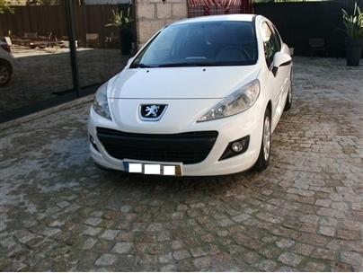 Peugeot 207 1.4 HDI XA (3p)