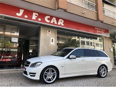 Mercedes-Benz Classe C 220 CDi Avantgarde BE Aut. (170cv) (5p)