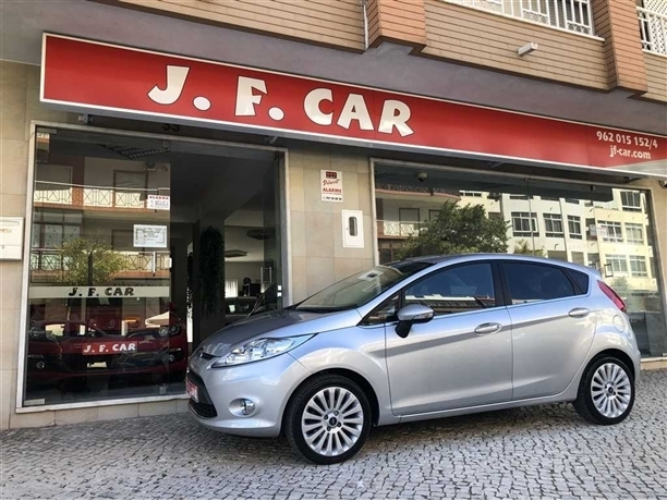 Ford Fiesta 1.25 Titanium (82cv) (5p)