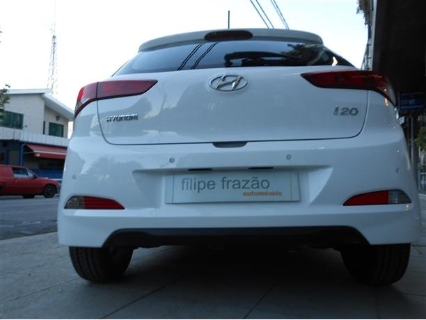 Hyundai i20 1.1 CRDi Comfort+Pack Luz+JLL16 (75cv) (5p)