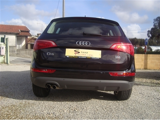 Audi Q5 2.0 TDi Sport (143cv) (5p)