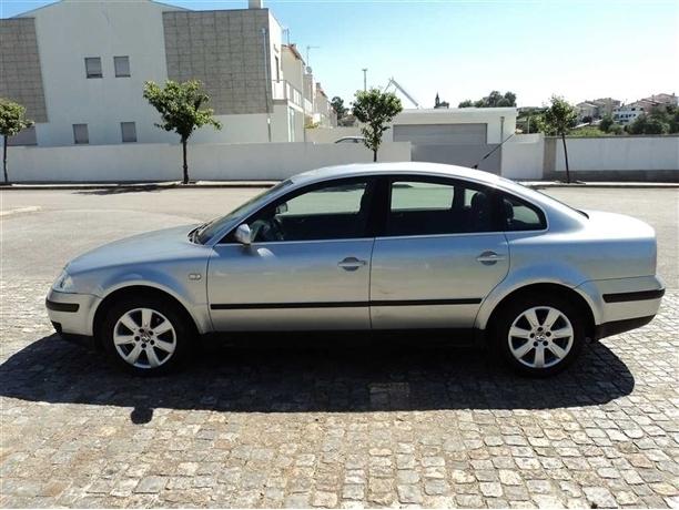 Volkswagen Passat 1.6 Confortline (102cv) (4p)