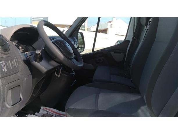 Renault Master 2.3 dCi 125.35 L3H3 (125cv) (5p)