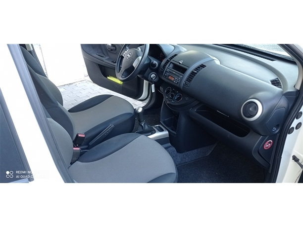 Nissan Note 1.4 Visia AC (88cv) (5p)