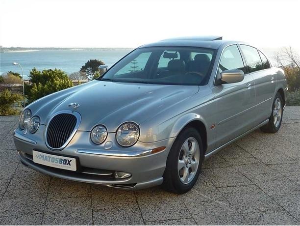 Jaguar S-Type 3.0 V6 Executive (238cv) (4p)