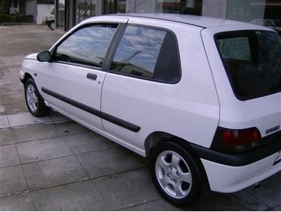 Renault Clio 1.9D RC