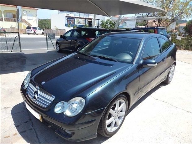 Mercedes-Benz Classe C 200 K Evolution Aut. (163cv) (3p)